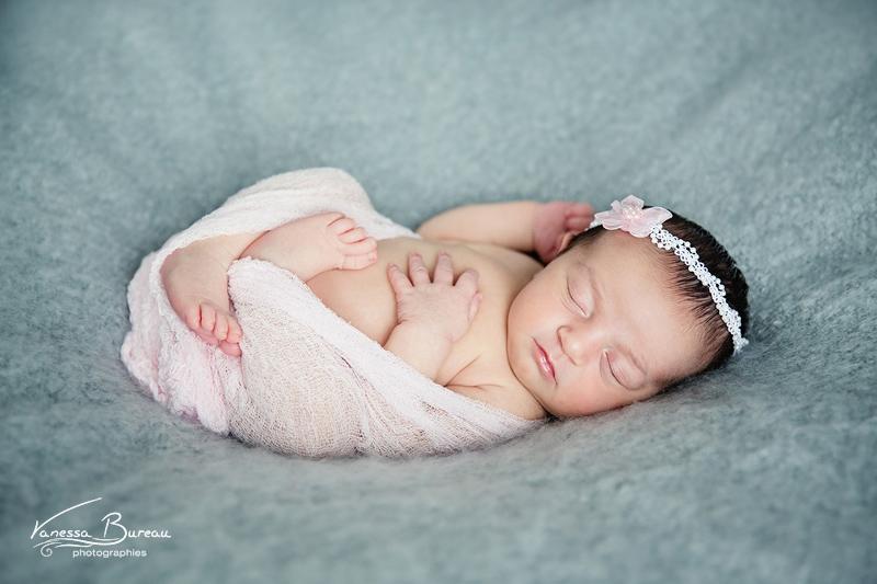 photographe-photo-bebe-nouveau-ne-naissance-cadeau-dijon001