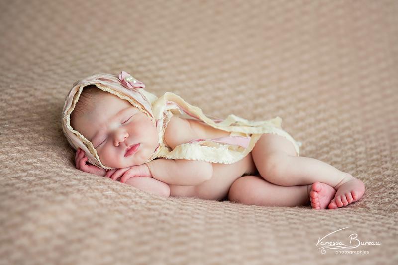 photographe-photo-bebe-nouveau-ne-naissance-cadeau-dijon009