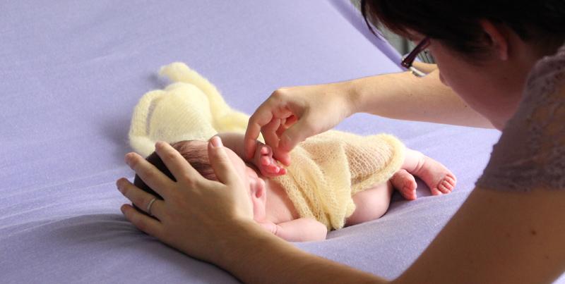 Vanessa Bureau en séance photo nouveau-né
