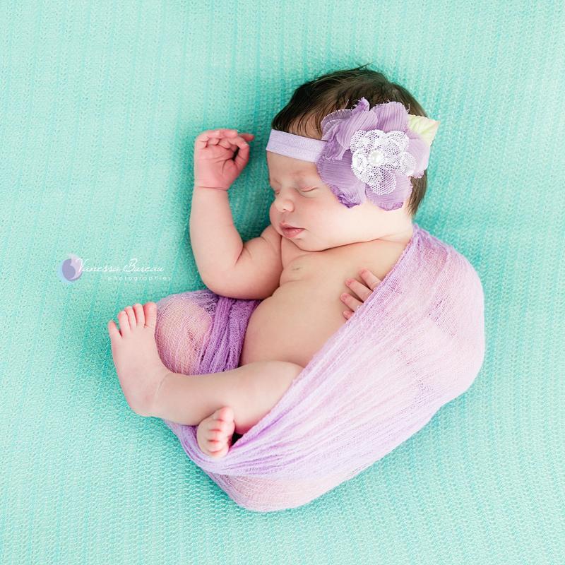 Nouveau-né bébé parme vert photographe Dijon