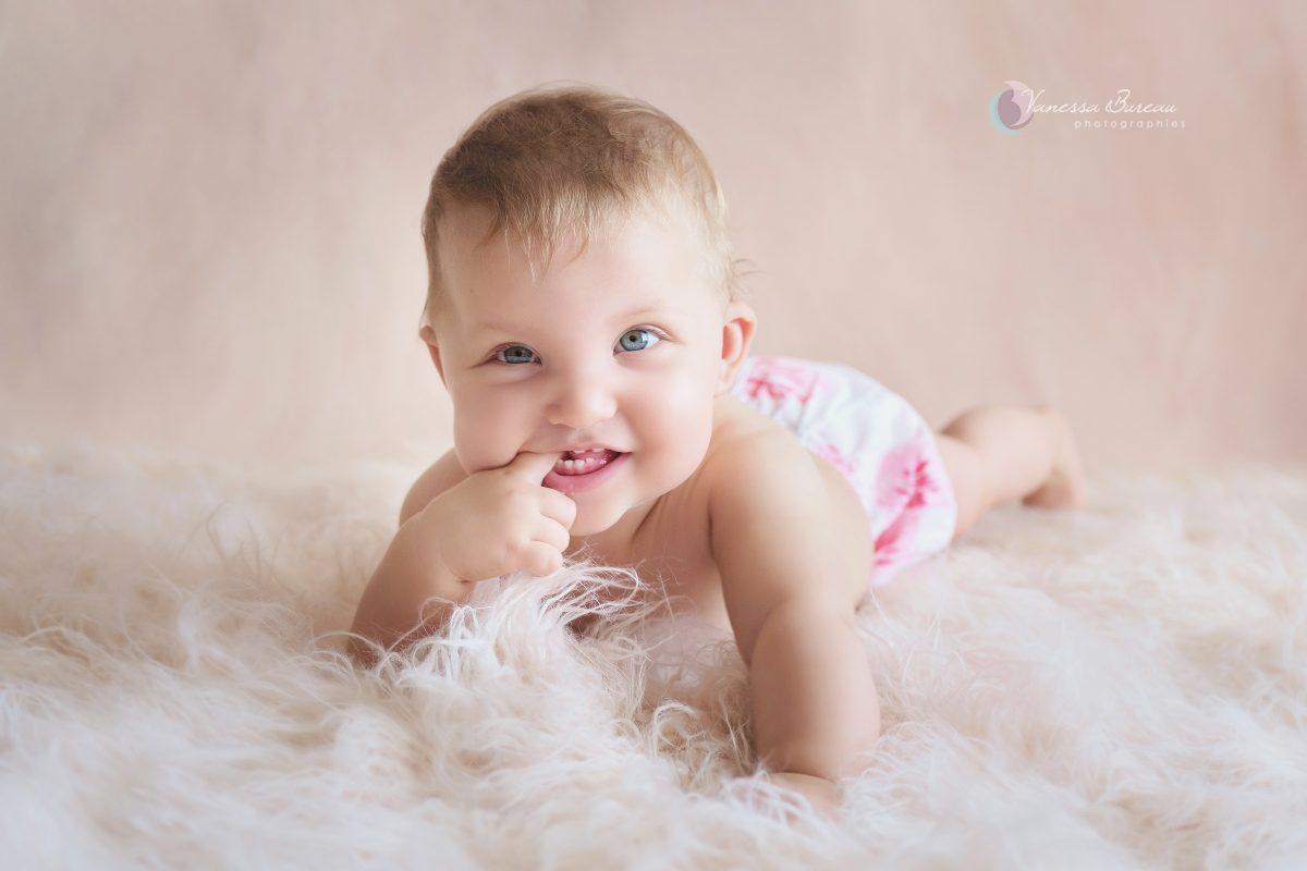 bebe-fille-naturelle-photographe-Dijon