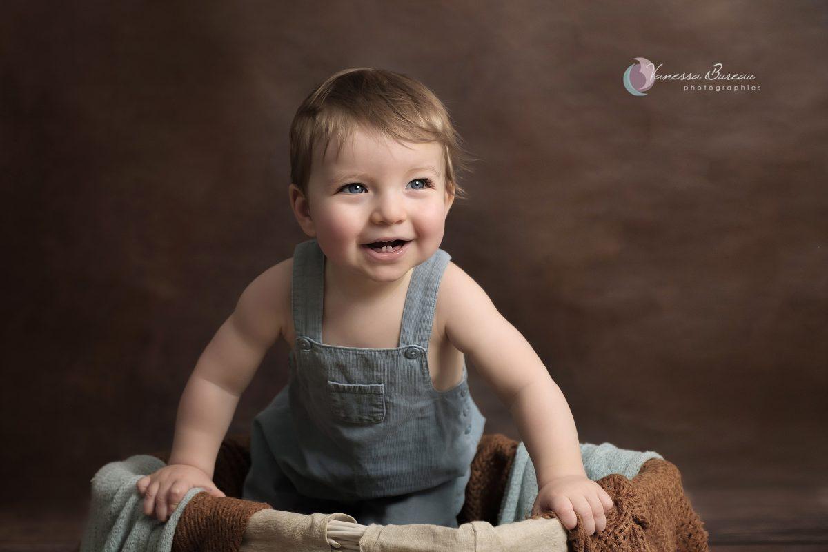 foto de Séance photo Bébé 6 12 mois à Dijon Vanessa Bureau